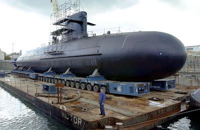 http://4.bp.blogspot.com/-SQA0LNJts0c/UFwKUir5hhI/AAAAAAAAKGk/B3NuAYD8Nho/s280/kapal-selam-scorpene.jpg