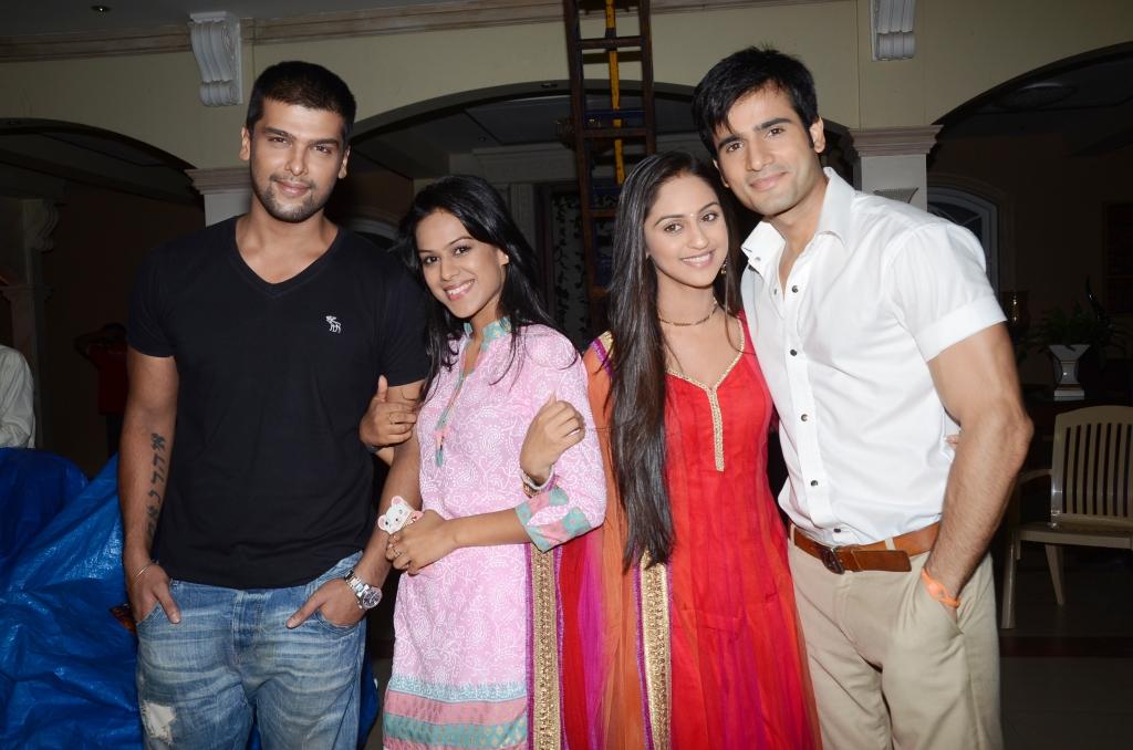 Awesome Foursome  Viraat  Maanvi  Jeevika And Viren JPG