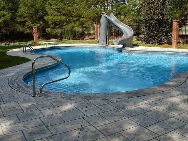 kolam renang untuk rumah