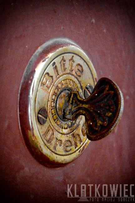 Łódź: przedwojenny dzwonek do drzwi