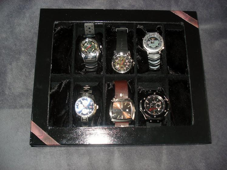 Porta Relógios