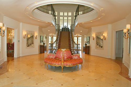 good tips in order to help you determine the best foyer
