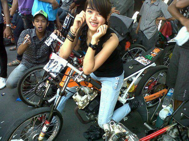 Drag bike balap liar indonesia tag drag bike drag bike cewek drag