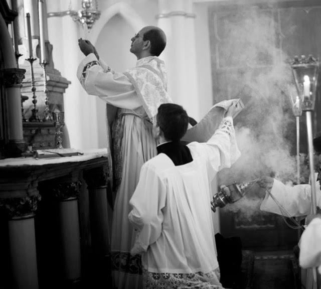 O sacrifício de um homem, mensagem de aniversário a Padre Paulo Ricardo de Azevedo Jr.