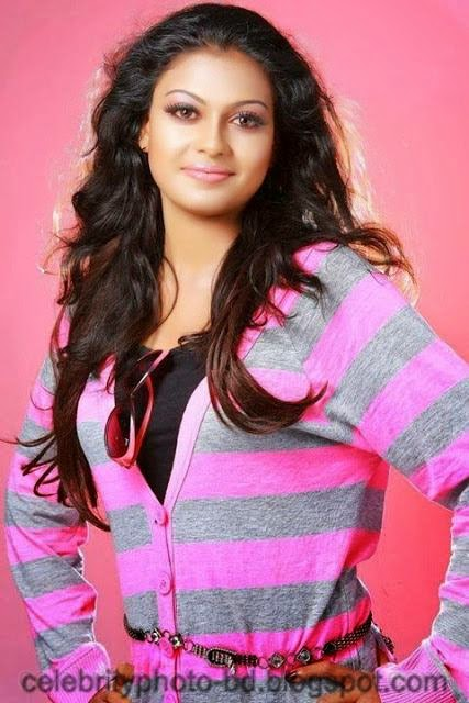 Stunning+Anusree+Hot+Unseen+Private+Pics007
