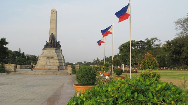 rizal+park+from+a+distance COMMEMORATING 150TH BIRTH ANNIVERSARY OF JOSE RIZAL and THE RIZAL PARK