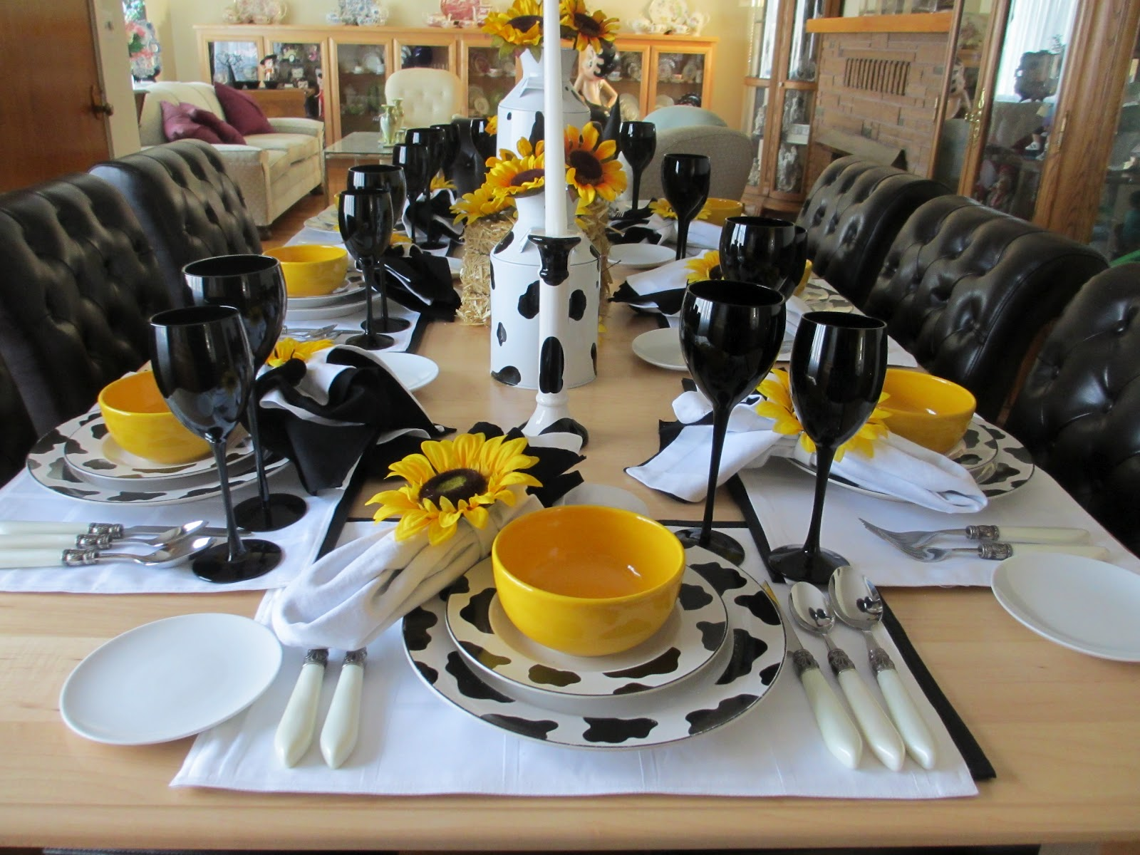 The table & The Welcomed Guest: Spotted Cow Tablescape