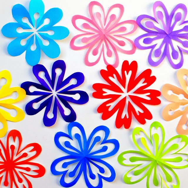 How to make colorful kirigami flowers pink stripey socks honestly theyre kinda addicting to make almost like snowflakes so youll soon have a whole garden of lovely paper flowers mightylinksfo Gallery