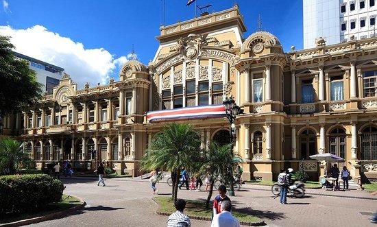 www.viajesyturismo.com.co 640 x 384