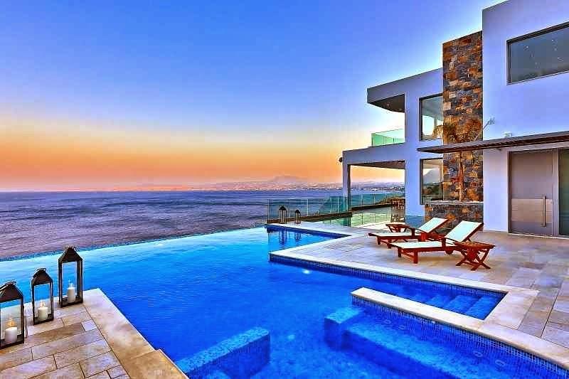 Casa de playa en Isla Creta con impresionantes vistas al mar Egeo