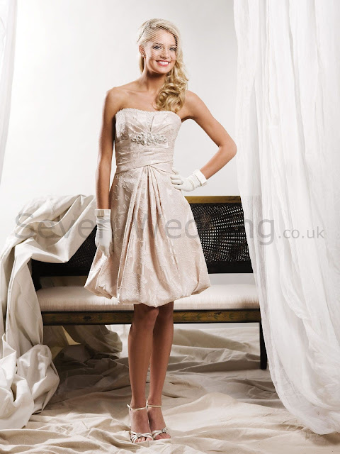 sevenweddingdresses what wedding dress is ideal for a civil wedding