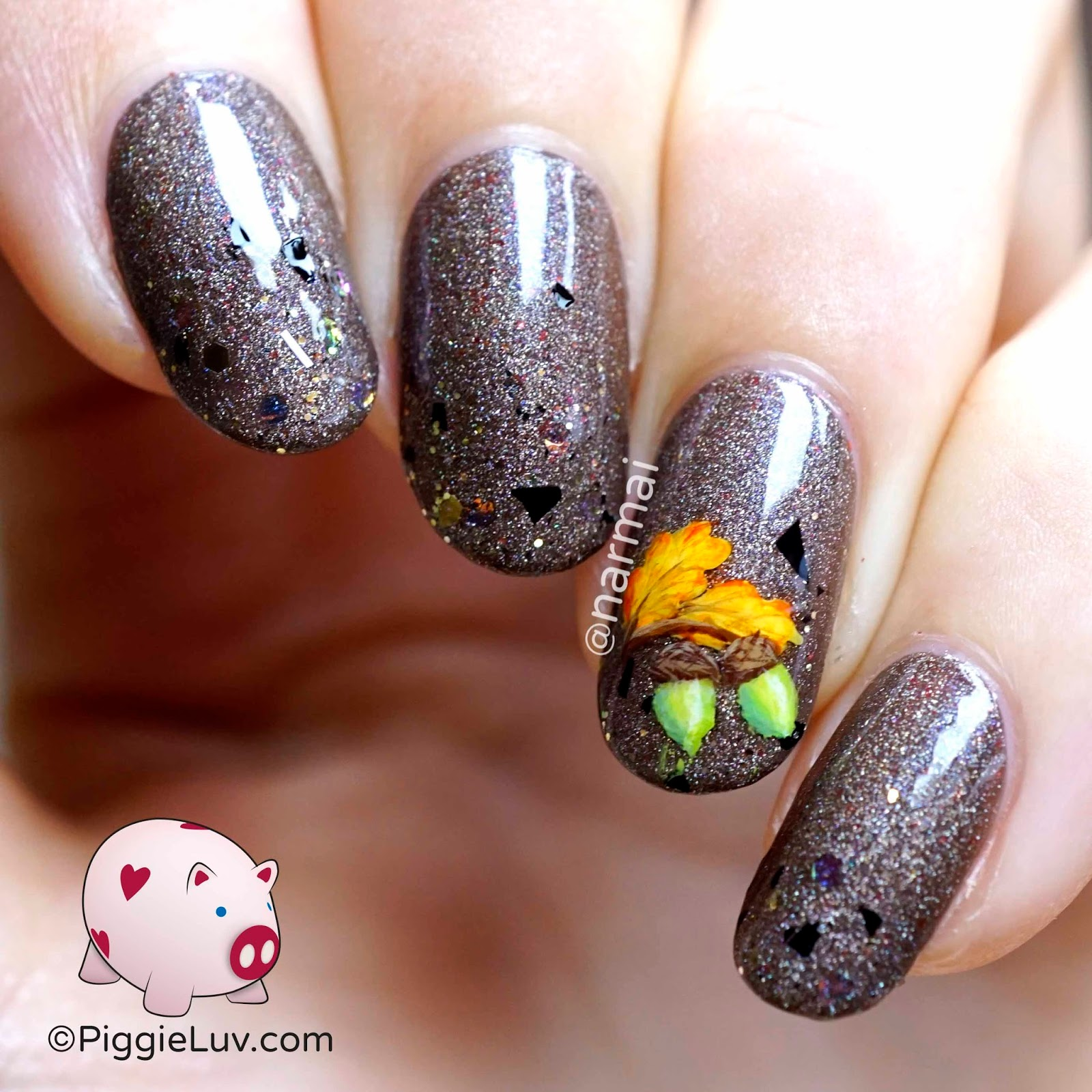 PiggieLuv: November Nail the Mail box review & nail art