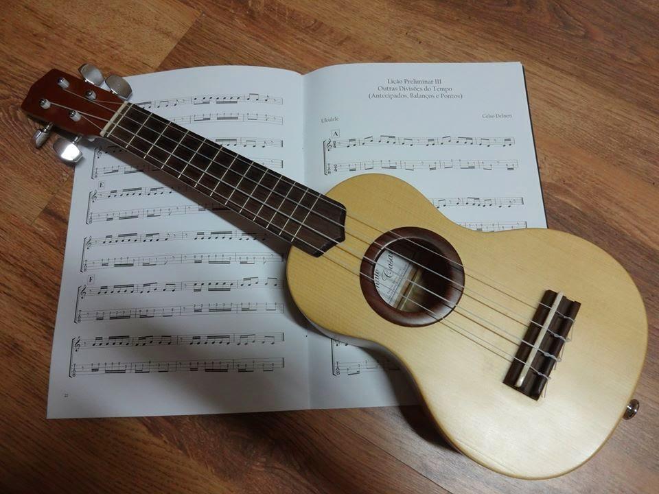 aula de violão, aula de guitarra, aula de ukulele, em guarapari, skype, online, vídeo-aula de ukulele, joão daniel, joao daniel