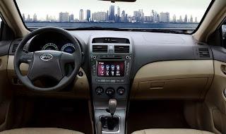 الشكل الداخلى للسيارة BYD L3 2015
