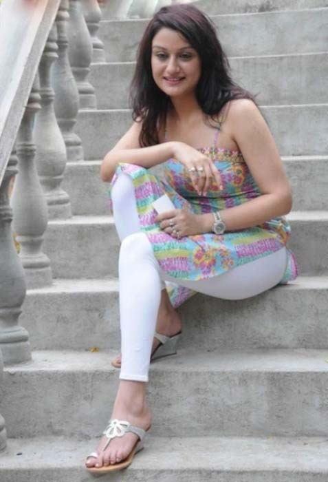 22 salwar college girl fucking on terrace steps with boy - 4 7