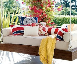 Hanging daybed 3