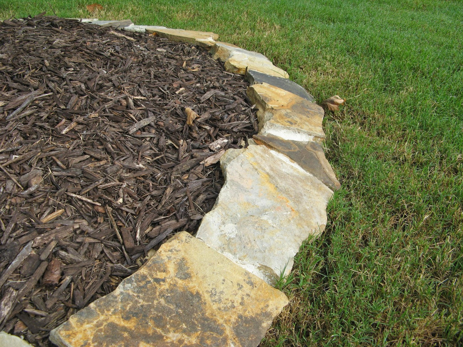 DIY STONE LANDSCAPING BORDER - finished product