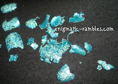 glitter-removal-nail-polish-trick-PVA-glue-elmers-easy