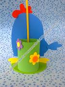 Mais um modelo de centro de mesa da Galinha Pintadinha com Pega Balão, . (centro de mesa galinha pintadinha com pega balã£o)