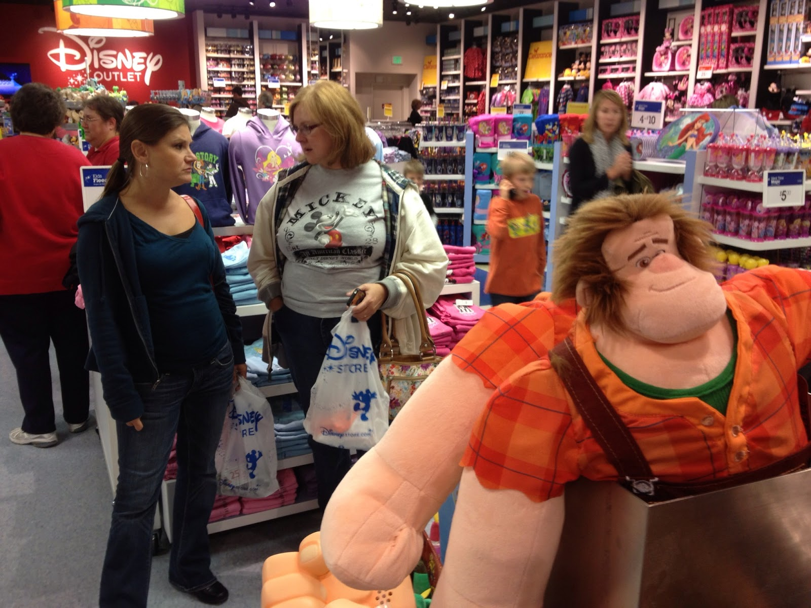 Disney Store Toys : Jedi mouseketeer quot disney s wreck it ralph toys spotted