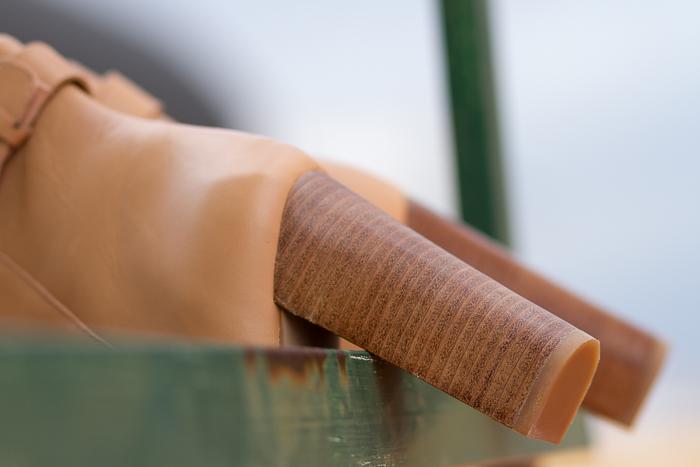 Tacones de madera anchos de los botines de cuero color maquillaje de Zara Invierno Compras WOWS