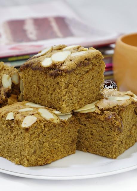 Ontbijtkoek cake rempah khas Belanda