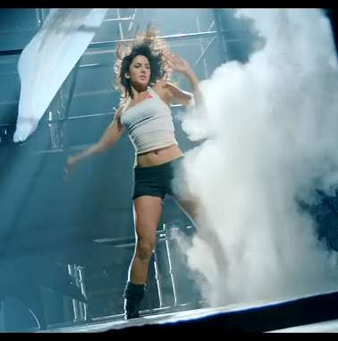 Katrina-kaif-in-dHOOM-3