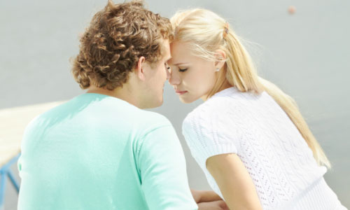 5 Disadvantages of Dating a Pretty Girl,man woman girl love date