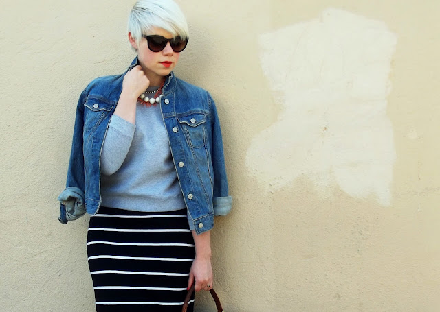 how to style, fall fashion, what i wore, casual style, sport luxe, pixie cut, seattle street style, red lipstick