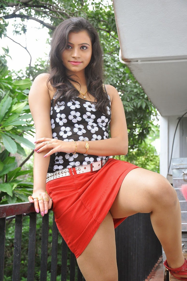 priya actress thighs show 26 new gallery new entertainment