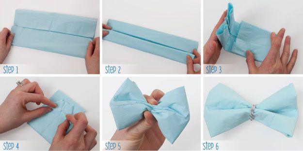 ideas para decorar cumpleaos con globos y tul usa tul de color blanco para forrar los globos de colores with con papel crepe para nios