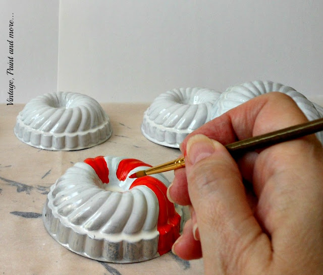Vintage, Paint and more... painting red stripes on white spray painted vintage jello molds for a diy Christmas wreath