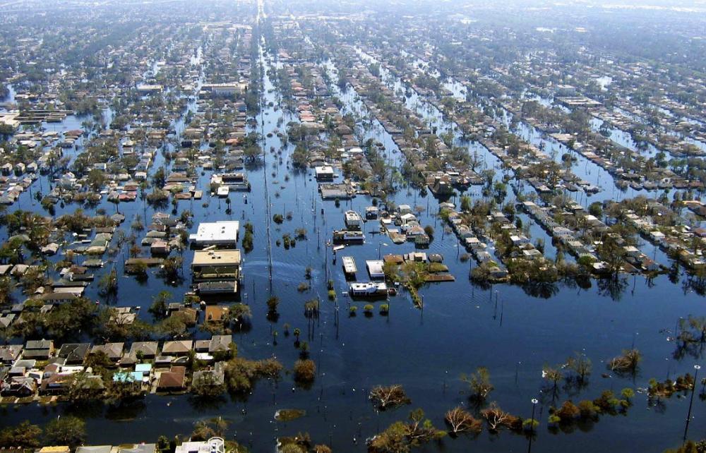 http://4.bp.blogspot.com/-SWKrZOuWak4/Uikv7ZQVa1I/AAAAAAAAGpY/PDYrm6nfC4Y/s1600/inundacion-en-la-plata1.jpg