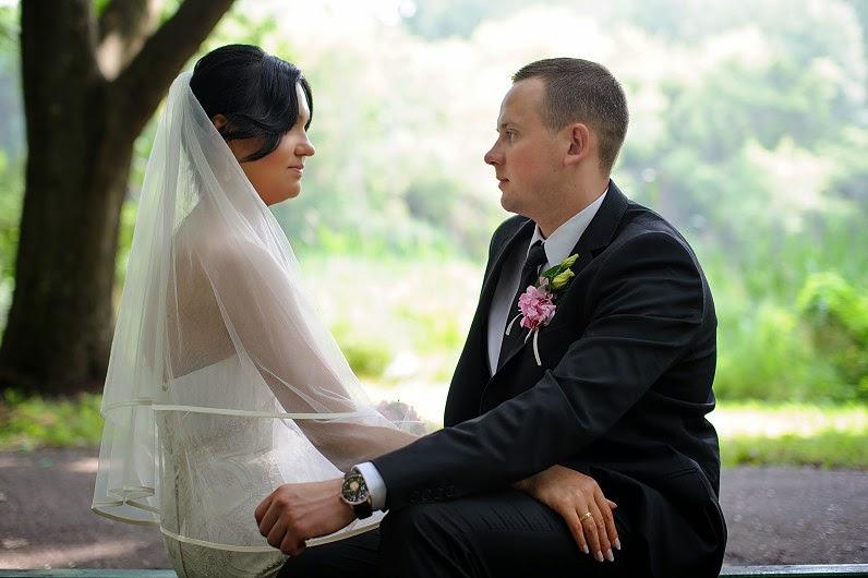 vestuvių fotosesija Skaistakalnio parke