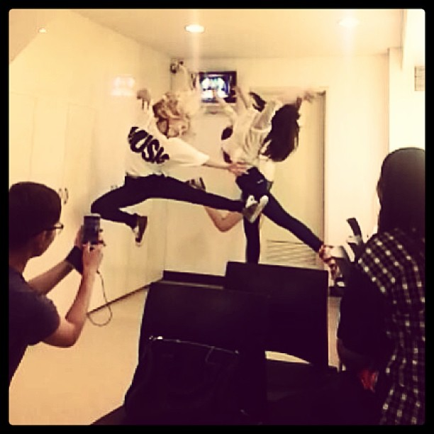 [Picture] 130618 Hyoyeon Instagram Update: 'lets jump high +_+'