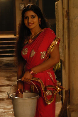 Actress Athmiya hot saree stills