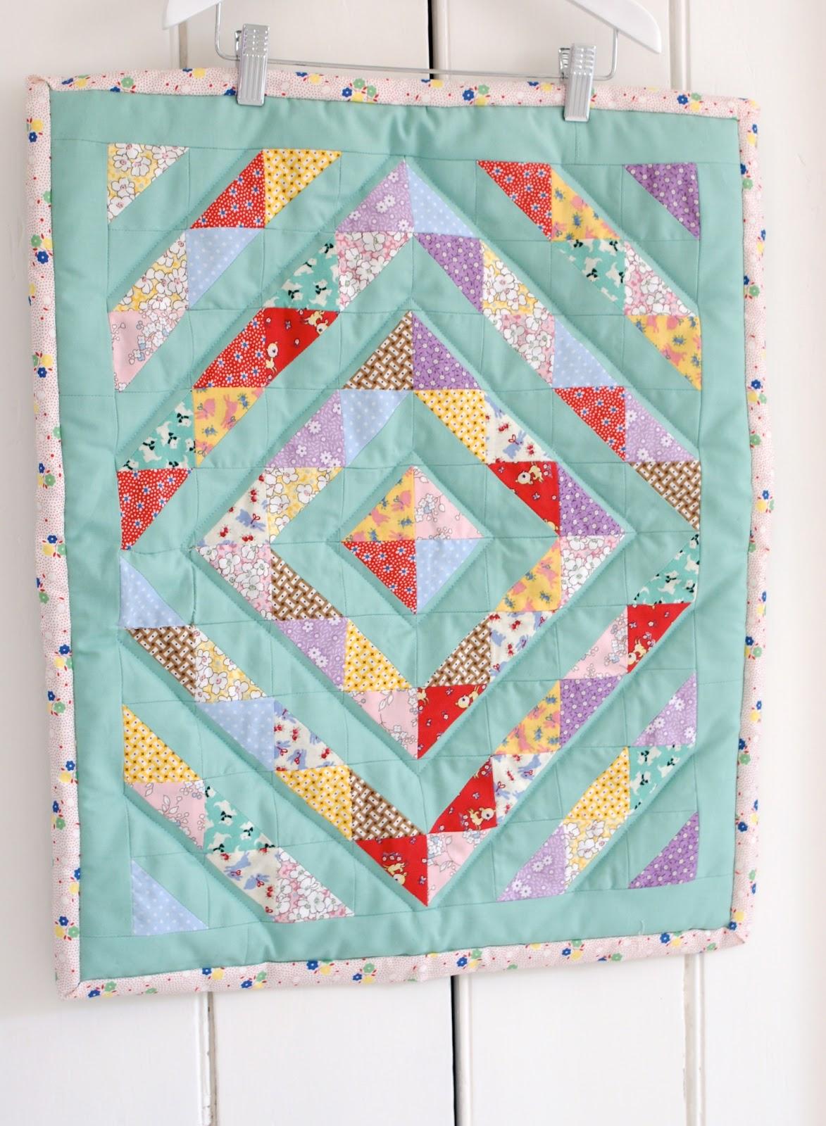MessyJesse - a quilt blog by Jessie Fincham: 1930 s Doll Quilt