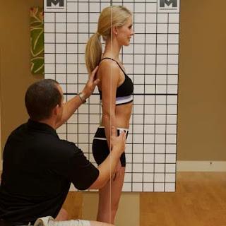 como melhorar a postura truques que ajudam a melhorar sua postura
