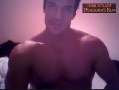 """Caiu na net Carlos Machado nu pelado na webcam """"Bandidão Ferdinand de Fina Estampa"""""""