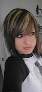 short emo hairstyle 2