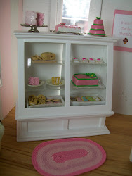 {Click On Picture To View My Mini Pink Bakery}