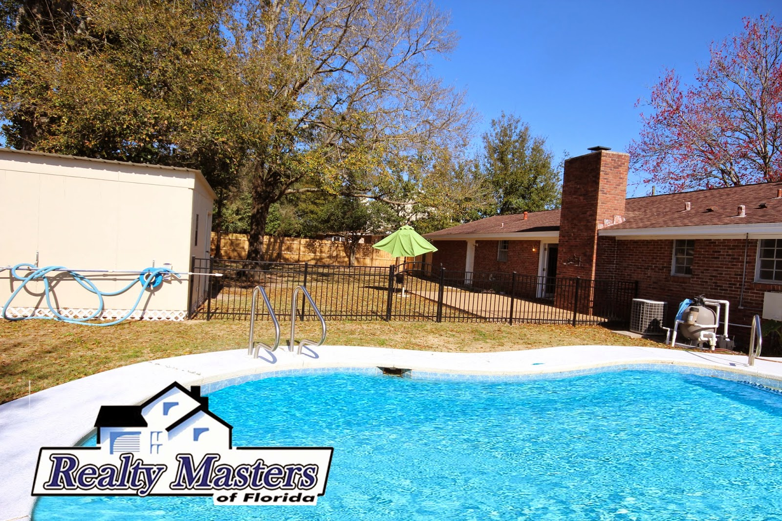 Pool homes for rent in Northeast Pensacola