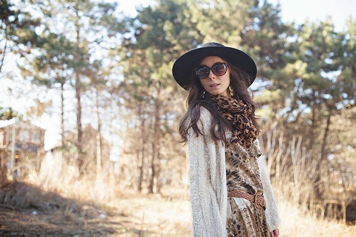 Animal-print-maxi-dress-leopard-scarf-wool-fedora