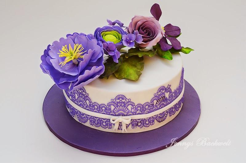 torte mit lila blumen beliebte rezepte von urlaub kuchen foto blog. Black Bedroom Furniture Sets. Home Design Ideas