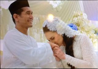 GAMBAR Fahrin Sah Bergelar Suami Pramugari Elena Hani Dengan Mas Kahwin RM80 Dan Tanpa Hantaran