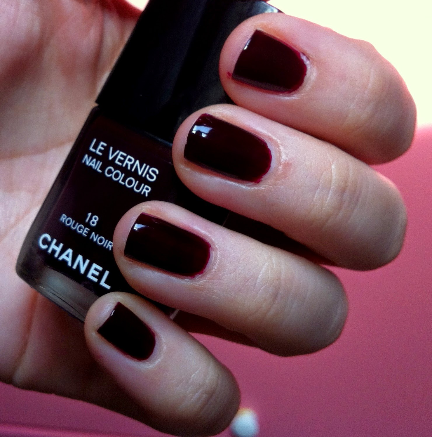 nail of the day chanel 39 rouge noir 39 truth about cosmetics. Black Bedroom Furniture Sets. Home Design Ideas