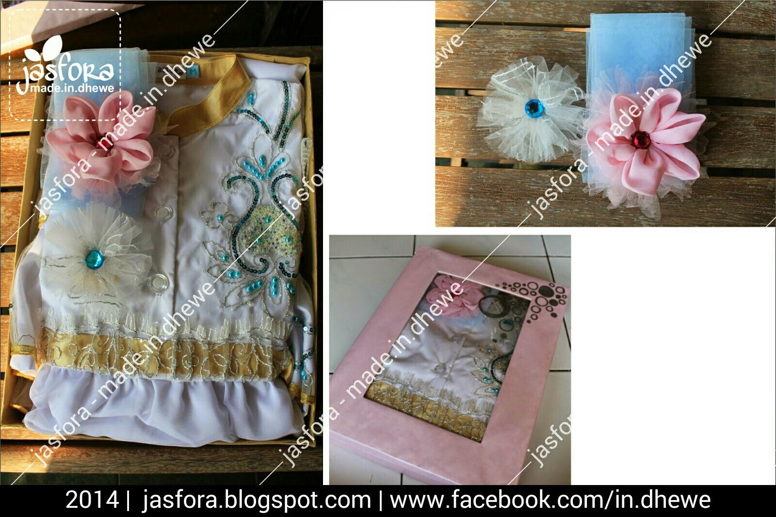 aksesoris bandana bros bunga merah muda lembut kombinasi tile biru muda dan bros dari sisa tile motif untuk gaun pengantin muslimah