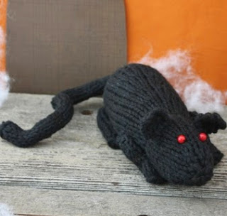 http://www.yarnspirations.com/pattern/knitting/rat