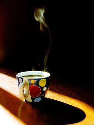 http://4.bp.blogspot.com/-SYahBI_jkVQ/TdlJQsMw_JI/AAAAAAAAGt8/CYWmtutgd5c/s400/coffee-cup10.jpg
