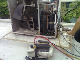 Cara Membuang Angin Pipa AC Splite Setelah Terpasang